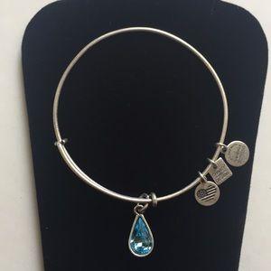 🌼Alex And Ani Aquamarine Teardrop Crystal Bangle